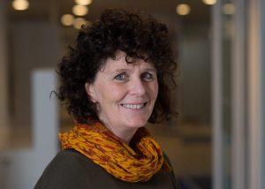 """Karin Hoogeveen: """"Juist zorgkinderen hebben baat bij een warme overdracht"""""""